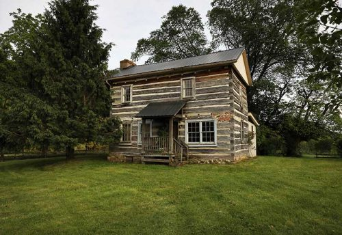 1807 Historic Dining Cabin