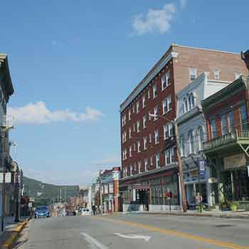Bedford PA River Mountain Pennsylvania tourism shops lodging things to do