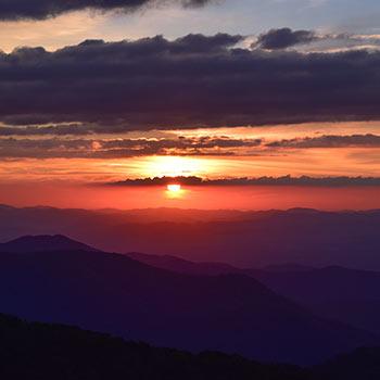 Sunset Toast River Mountain Retreat Pittsburgh, Washington DC, Baltimore getaway